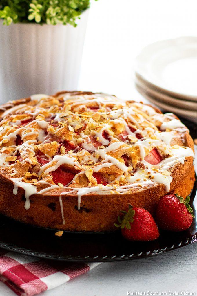 easy Fresh Strawberry Coffee Cake