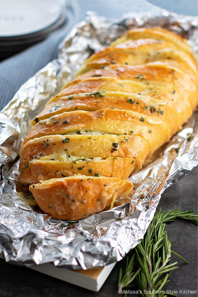 baked Cheese Garlic Herb Bread