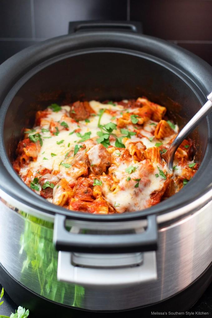 crock-pot-Italian-sausage-pasta-casserole