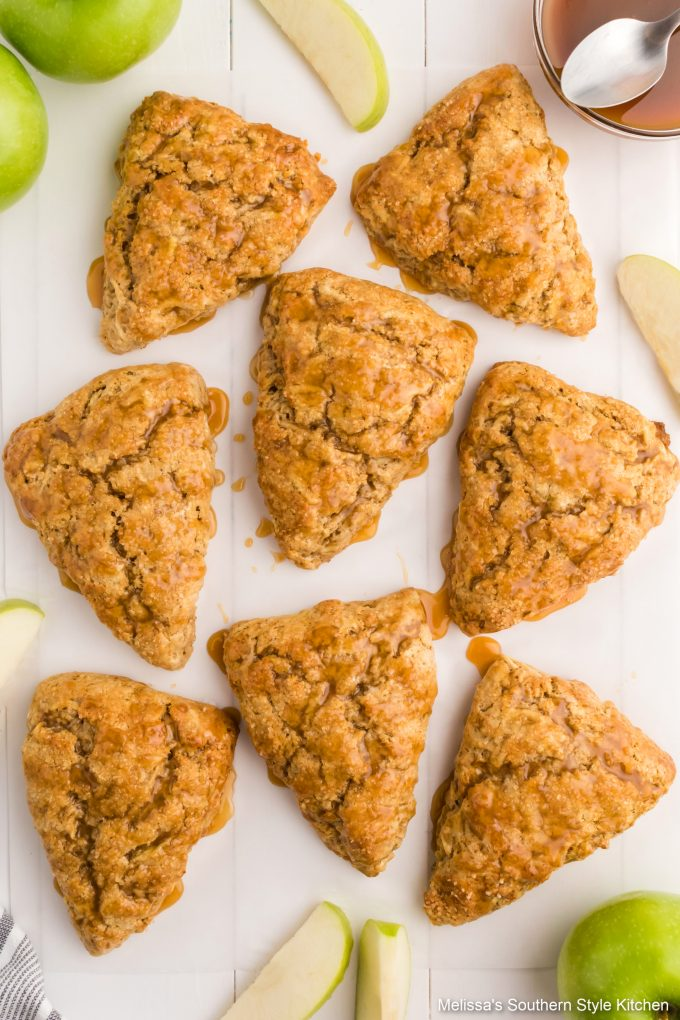 easy-caramel-apple-scones