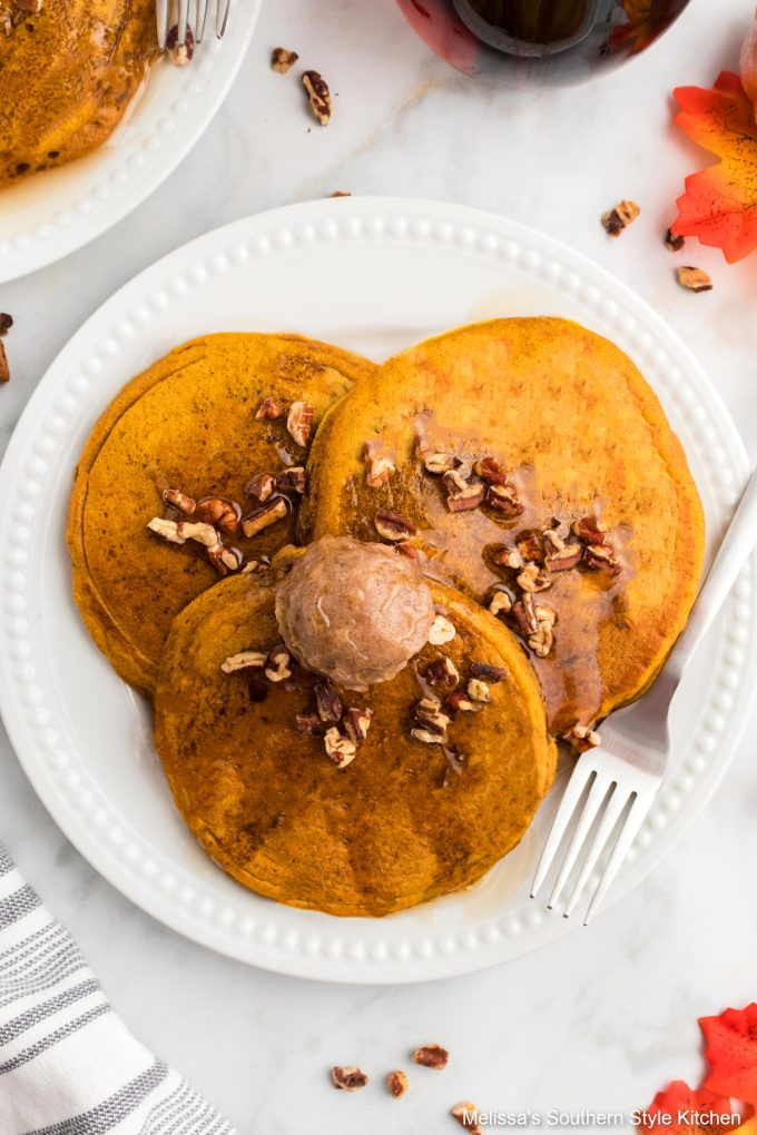 easy-pumpkin-pancakes-on-plate