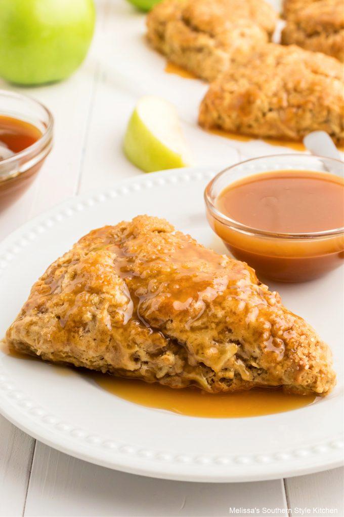 plated-caramel-apple-scones