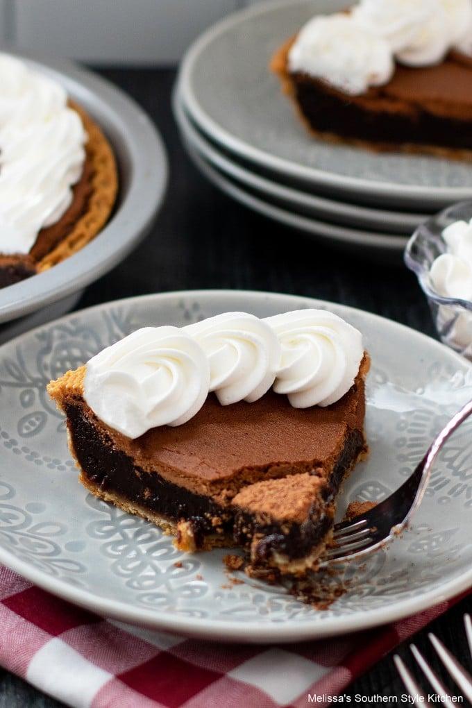 southern-chocolate-chess-pie